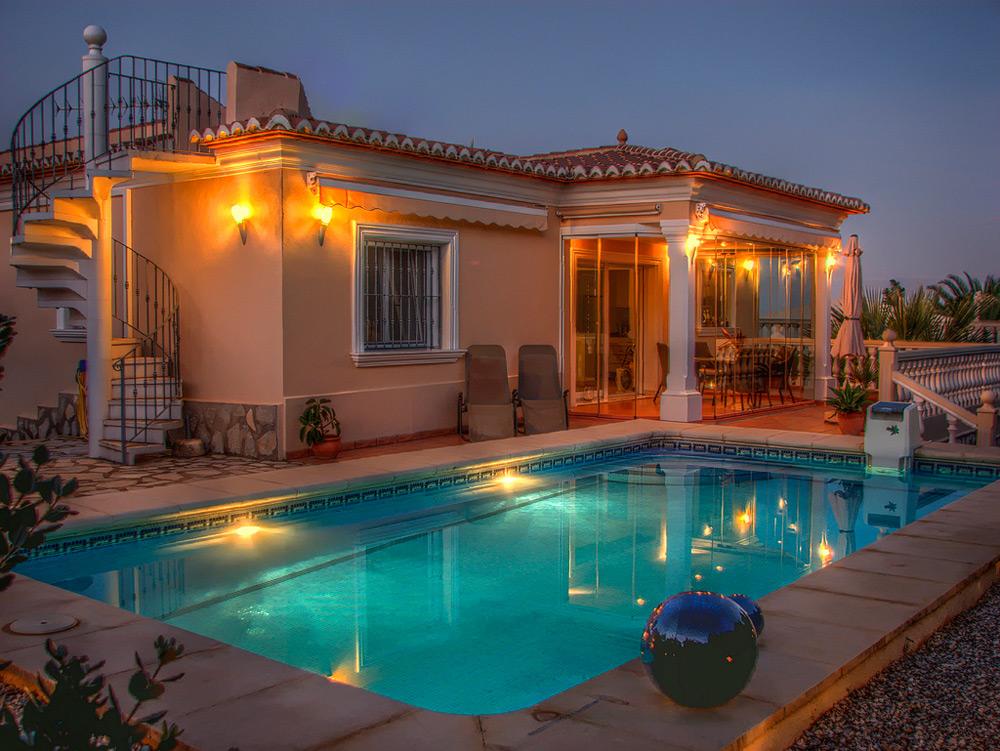 Сколько стоит купить недвижимость в испании