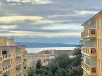 Квартира с видом на море в районе boulevard Alexandre III