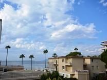 Односпальная квартира с видом на море в Жуан-Ле-Пен