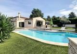 Красивый нео-провансальский дом в Villeneuve Loubet