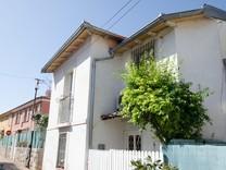 Атмосферный трехкомнатный дом в центре Кап Ферра