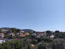 Трехкомнатный пентхаус с видом на море в Ницце, Симье
