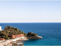 Пентхаус в 50-ти метрах от границы с Монако