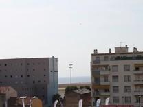 Пентхаус с ремонтом и видом в ста метрах от моря в Ницце