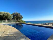 Дом с невероятной морской панорамой в Caldes d'Estrac