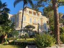 Двухкомнатная квартира в районе порта Garavan