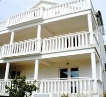 Просторная трехспальная квартира с видом на море в Тивате, продажа. №17054. ЭстейтСервис.