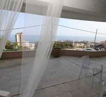 Квартира с видом и огромной террасой в Босолей, продажа. №39342. ЭстейтСервис.