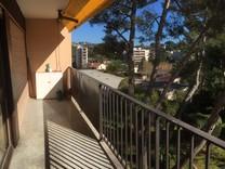 Трехкомнатная квартира под ремонт в Ле-Канне