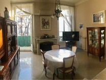 Трёхкомнатная квартира напротив Square Du Prado