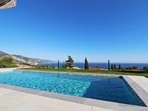 Новый дом с видом на море в Roquebrune