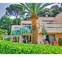 Дом с 3 спальнями с видом на море в Ницце, продажа. №18205. ЭстейтСервис.
