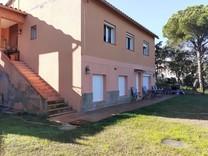 Двухквартирный дом в урбанизации в Calonge