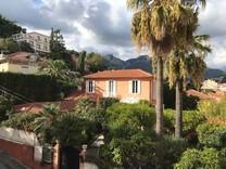 Уютная двухкомнатная квартира в Ментоне, Pigautier