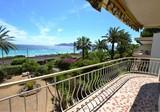 Трёхкомнатная квартира в 50-ти метрах от пляжа