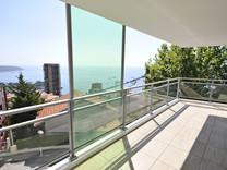 Апартаменты с большой террасой в Босолей