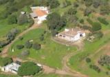 Имение с участком 21 Га в пригороде Портимао