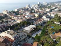 Новостройка в центре Плайа-де-Аро в 250 метрах от моря