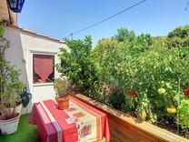Дом с отдельной студией в Ле Валь де Мужен