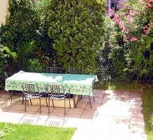 Апартаменты с частным садом недалеко от Дворца Фестивалей, продажа. №13450. ЭстейтСервис.