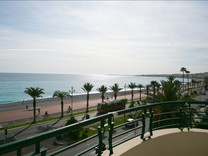 Трехкомнатная квартира между Негреско и Hotel by Marriott Nice