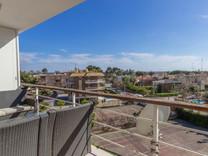 Квартира с видом на море в районе El Poal / Bellamar