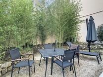 Уютная квартира с ухоженным садом в Каннах