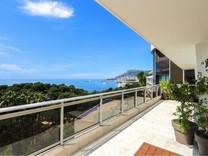 Шикарный пентхаус с панорамным видом на Монако