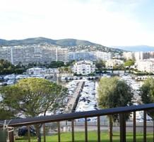 Студия с видом на пристань в Mandelieu La Napoule, продажа. №36026. ЭстейтСервис.