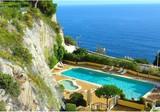 Большая квартира с двумя спальнями на Cap de Nice