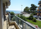 Трёхкомнатная квартира в 20 метрах от моря в Ментоне