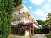 Дом с панорамным видом на море в  S'Agaro