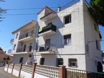 Доходный дом \ отель на пять квартир в Плайа-де-Аро
