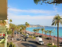 Трехкомнатная квартира на Promenade des Anglais