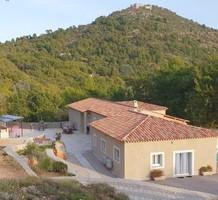 Имение с большим участком над Босолей - Châteauneuf-Villevieille, продажа. №40053. ЭстейтСервис.