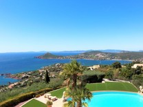 Вилла с панорамным видом на море в AGAY