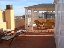 Пентхаус с большой террасой в Sant Feliu de Guíxols