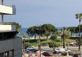Большая квартира всего в ста метрах от моря
