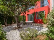 Стильная квартира с садом и отдельным входом