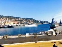 Апартаменты напротив моря и порта Ниццы