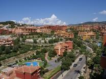 Большие апартаменты с двумя спальнями в Marbella