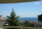 Большая квартира с видом на море в Le Cannet