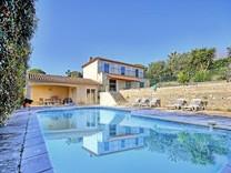 Дом с панорамным видом в престижной зоне Les Brusquets