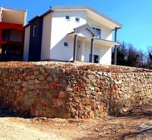 Новый дом с хорошим потенциалом в Сутоморе, продажа. №33155. ЭстейтСервис.
