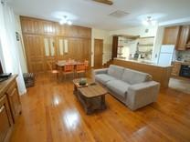 Отремонтированная квартира в районе Suquet