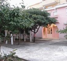 Двухкомнатные апартаменты недалеко от пляжа в Будве, продажа. №10617. ЭстейтСервис.