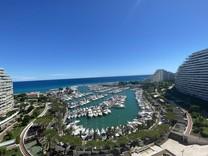 Апартаменты с большой террасой в Marina Baie Des Anges
