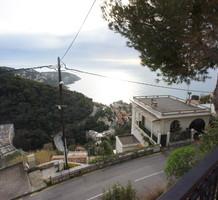 Большой дом с видом на море в 2,5 км от Монако, продажа. №41110. ЭстейтСервис.