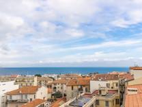 Трехкомнатные апартаменты в Beaulieu sur Mer