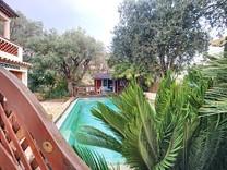 Элегантная вилла с бассейном в начале Cap d'Antibes